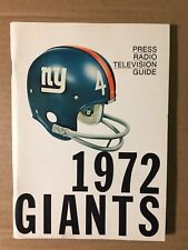 1972 NY Giants NFL Football Media Guide Very Nice Crisp EXCELLENT Condition