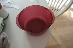 TUPPERWARE d'occasion bol, cuve microwave micro cook pop crystal rouge 2 litres