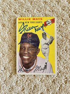 Signed 1954 Topps Willie Mays Autograph Card *JSA*