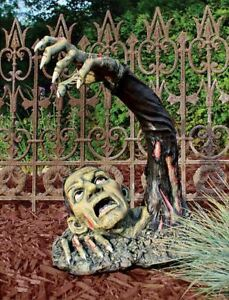 Toscano Outbreak of the Undead Zombie Garden Statue Scary Halloween Decoration