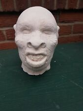 Large Plaster Shrunken Head Prop In Films Tv Great Ornament figurine New Unused