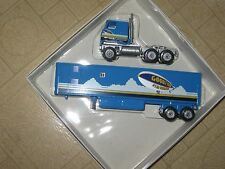 WINROSS 1/64 GOODYEAR AIRSHIP OPERATION TRACTOR AND TRAILER *
