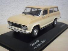 WhiteBox - Chevrolet Veraneio (1965) - beige / hellbeige - WBS094 - 1:43