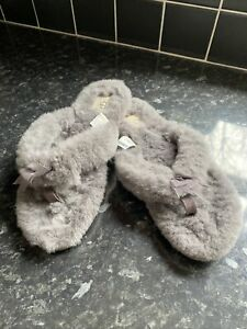 UGG GREY TOE POST SLIPPERS UK 8.5 EU 41