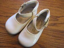 Primigi size 2.5 (18) white patent leather infant Mary Jane shoes Ex.