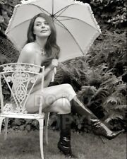"8x10 photo Jane Leeves, pretty sexy celebrity Daphne,  ""Frasier"" TV star, posed"
