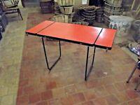 Ancienne Table repas vintage avec rallonge et pliante Formica camping garden