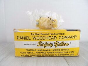 VTG. WOODHEAD SAFETY YELLOW SAFEWAY BACKWIRED PLUG CAPS~15 AMPS-125V~LOT OF 8