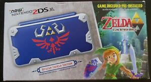 Nintendo 2ds XL Hylian Shield Edition Mint Condition (In box)