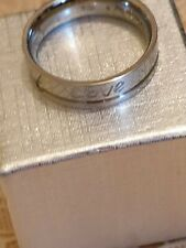 love engraved on it size 10 Fashion Jewellery silver Tone ring with word