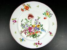 Plat rond en porcelaine de Paris Manufacture de la Reine XVIII decor fleurs or