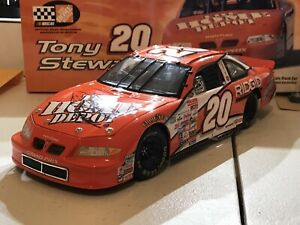 NEW 2000 Action Tony Stewart #20 Home Depot 1:18 Scale - Autographed
