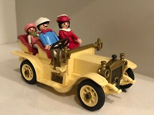 VINTAGE PLAYMOBIL 5620 Victorian Touring Car with Family