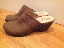 Softspots Pumps Slides Clogs Mules Brown Suede Leather Sz. 9 M / EU 38.5  ~ NEW