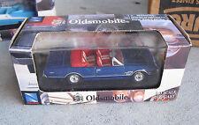 2004 New Ray Toys Diecast 1966 Oldsmobile Cutlass 4-4-2 Car 1:43 Scale NIB