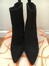 4dc646b1c18 Via Spiga V-Corene Black Suede Size 8.5 Pull-On Stretch Boots
