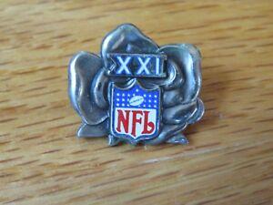Super Bowl XXI PRESS PIN DENVER BRONCOS vs NEW YORK GIANTS Phil Simms MVP