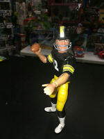 Vintage 1977 Action Team Mate NFL Football Figure Pittsburgh Steelers w Football