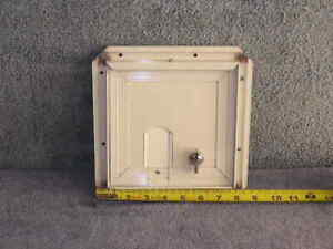RV Bus Van Cargo Trailer Access Compartment Storage Hatch Bay Door 8.5 x 8.5