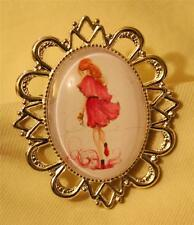 Handsome Festooned Silvertone Fashionable Lady in Pink Glass Cameo Brooch Pin