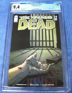 The Walking Dead #14 comic CGC 9.4