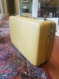 "Vintage American Tourister 21"" Suitcase Yellow (No Key)"