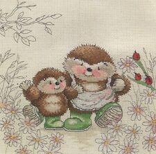 Stickpackung Stickbild sticken 20x20 Me and Mum Mutter und Kind Igel Familie