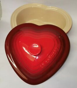 Le Creuset Stoneware Heart Casserole Oven Dish With Lid 2.4L Red Ombre UNUSED