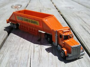STEERING RIG PETERBILT WITH BOB'S SAND & GRAVEL 1980 HK Original Hot Wheels