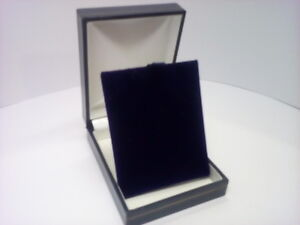 Classic Blue Leatherette Pendent Necklace Box Lid lined with White satin 1.5.10