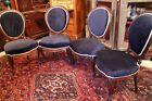 Suite de 4 chaises XIXe en acajou massif dossier médaillon Napoléon III