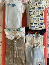 Lot Of 5 Gerber, 0-6months Sleepers And 9 Cloth Burp Rags.