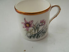 ROYAL WORCESTER COFFEE CAN  WITH A RED DAISY LIKE ALPINE FLOWER PATTERN