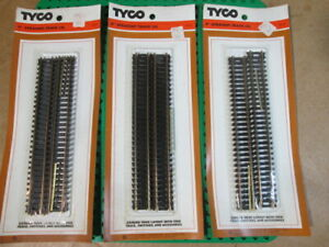 """3 Packages of Vintage Tyco 9"""" 4 Pieces Straight Track #917 (12 total pieces)"""