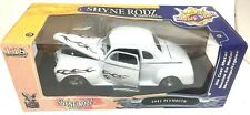 1941 Plymouth Coupe 1:18 Die Cast White Shyne Rodz By YAT-MING Road Signature