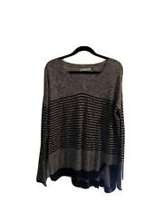 maurices womens long sleeve sweater Large gray and Black