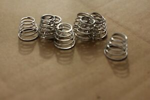 BATTERY REPLACEMENT SPRINGS, 'C' & 'D', PACK OF 10, BRAND NEW, SEE LISTING