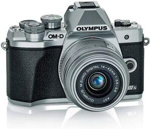 Olympus OM-D E-M10 Mark III 16.1 Megapixel Mirrorless Camera w/ 14-42MM Lens