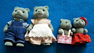 SYLVANIAN FLOCKED CALICO CRITTERS  FUZZY FOREST BEAR FAMILY OF 4 AND PAPA & SON