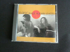 Hall & Oates : Looking Back: The Best of Daryl Hall + John Oates CD (1991)