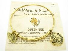 Wind & Fire Queen Bee Charm Gold Wire Bangle Stackable Bracelet USA Gift New
