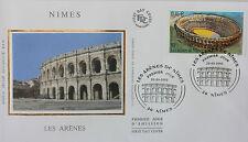 ENVELOPPE PREMIER JOUR - 9 x 16,5 cm - ANNEE 2002 - NIMES LES ARENES