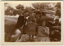 PHOTO ANCIENNE - VOITURE TACOT PIQUE NIQUE ALCOOL RIRE - CAR - Vintage Snapshot