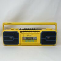 80's Sony Sport CFS-950 Boombox Cassette Radio Port. Player FM/AM - PLAYS GREAT!