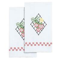 JACK DEMPSEY NEEDLEART Hand Towels Stamped Embroidery STRAWBERRIES