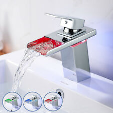 Cascade robinet moderne chrome robinet de bains LED RGB lavabo mitigeur laiton