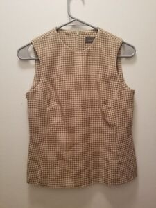 Vintage Banana Republic 100%  Wool Sweater Vest Made In Italy Size 2 Houndstooth