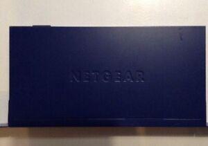 F-Switch NETGEAR ProSafe  JFS524 24-Port 10/100