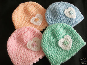 HANDCROCHETED BABY HAT..SPARKLY HEART/TEDDY BUTTON..TINY BABY/0-3 / 3-6 MONTHS
