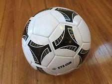 Eye Cue Outdoor Soccer Ball Football Foot Ball Standard Official Size 5